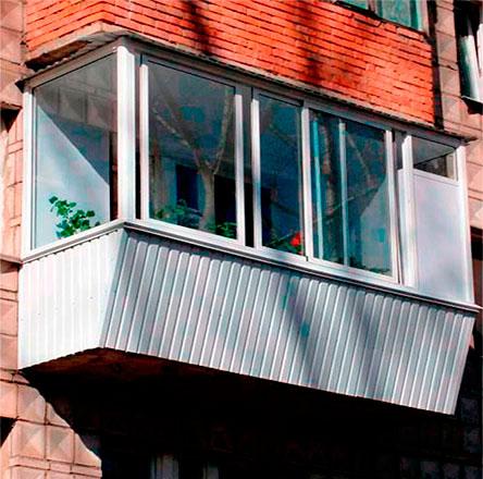 Алюминиевое остекление балконов цена от 18000 р в москве.